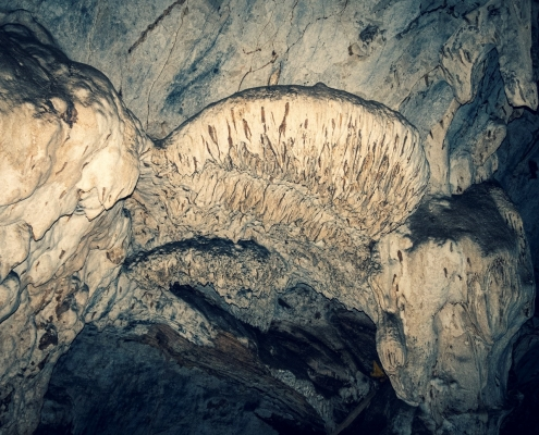 Cave structure